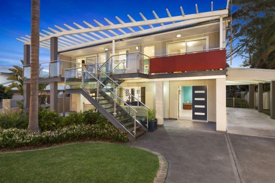 North Avoca Real Estate: OUTSTANDING BEACHSIDE OPPORTUNITY