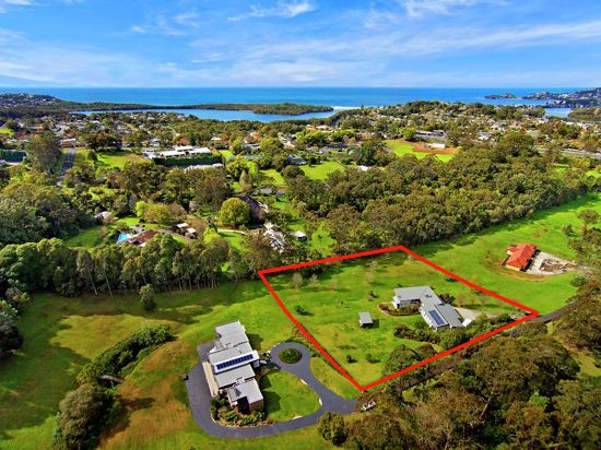 Wamberal Real Estate: SEA SIDE ACRES