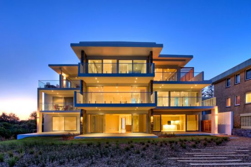 The Entrance North Real Estate: BEACHFRONT BEAUTY
