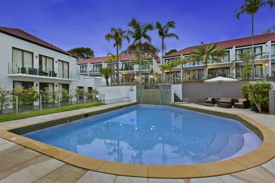 Terrigal Real Estate: TERRIGAL PACIFIC RESORT