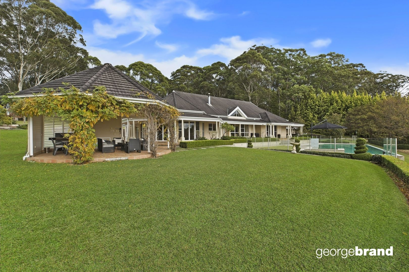 Matcham Real Estate: Private acreage minutes to Terrigal Beach