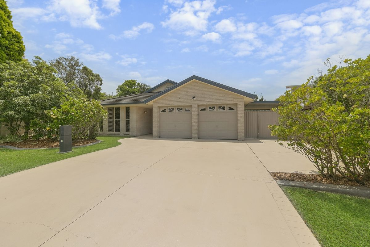 Lake Munmorah Real Estate: Entertainers delight