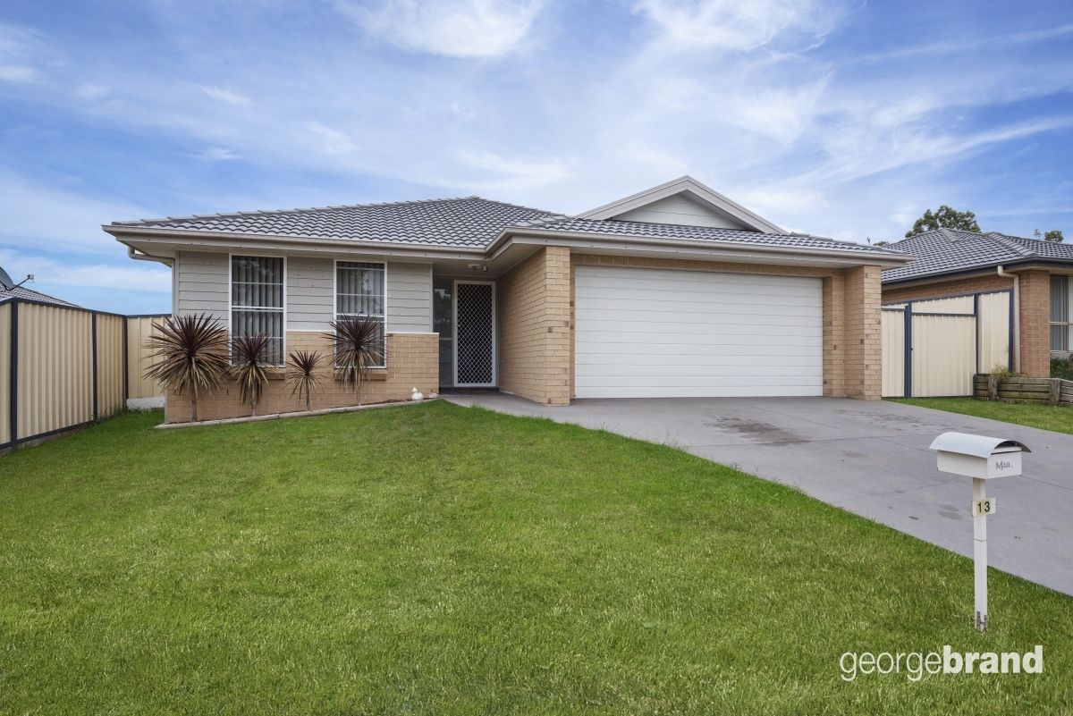 Cessnock Real Estate: Large family home