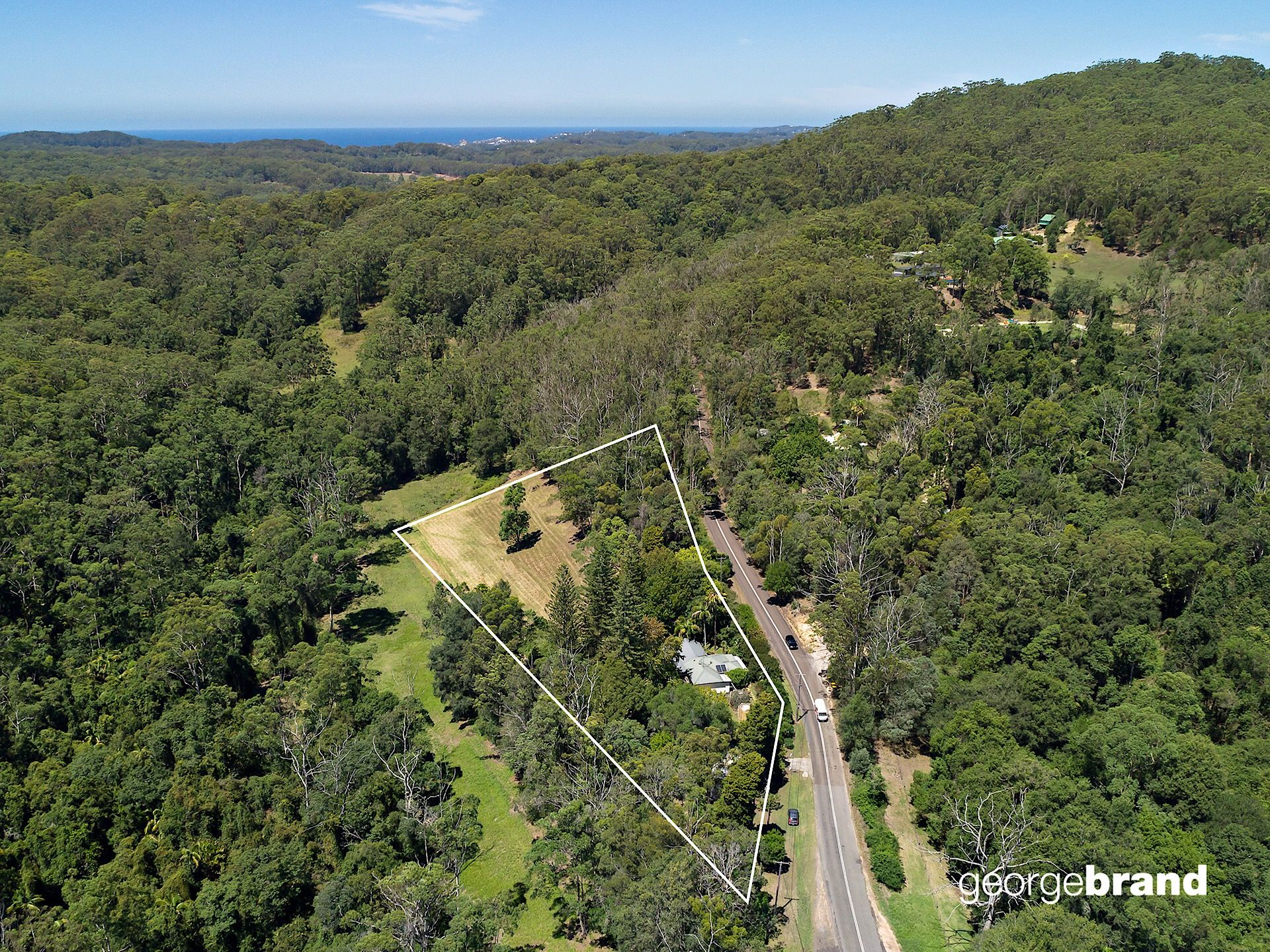 Lisarow Real Estate: Elevated and sundrenched, central acreage