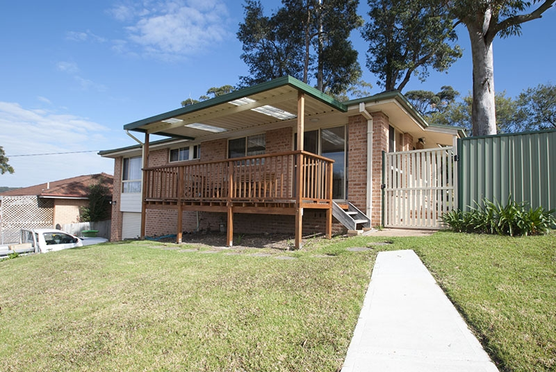 Kincumber Real Estate: SCENIC OUTLOOK