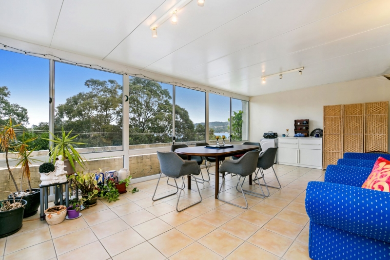 Gosford Real Estate: Deposit Taken