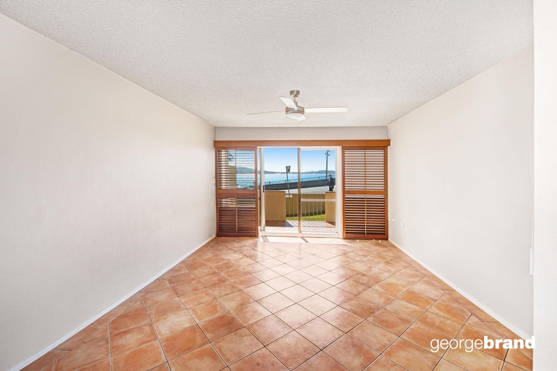 Terrigal Real Estate: OPPOSITE THE BEACH