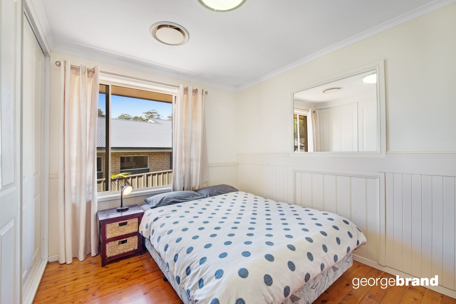 Avoca Beach Real Estate: ROOM FOR THE WHOLE FAMILY