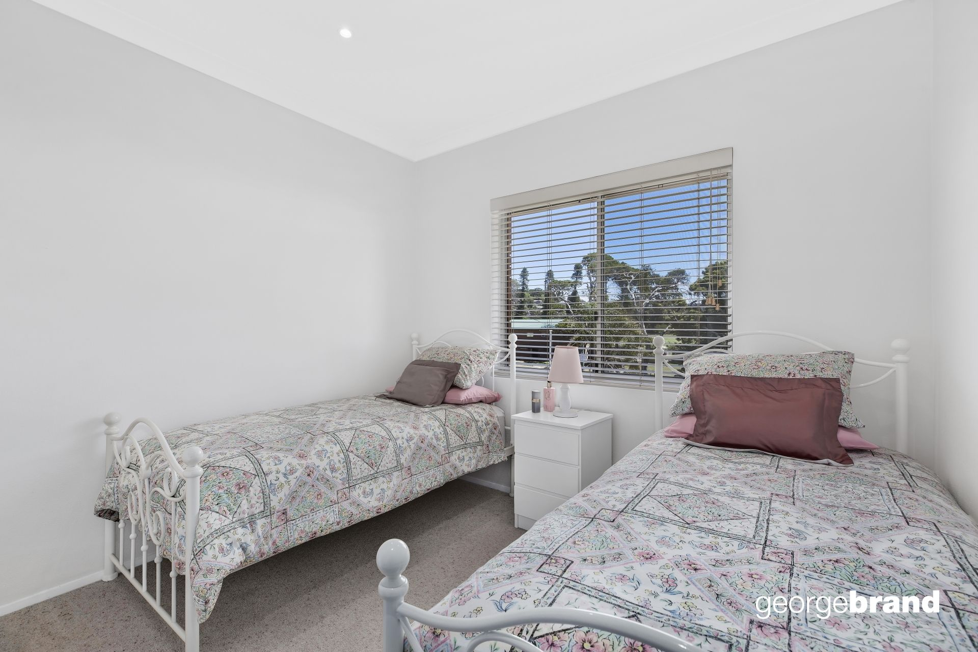Avoca Beach Real Estate: HIDDEN SANCTUARY IN A PRIME BEACHSIDE POSITION