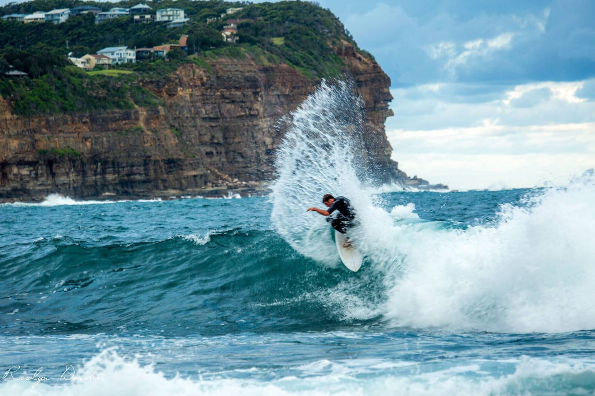 Copacabana Real Estate: SURF'S UP